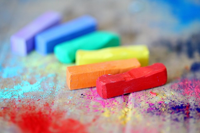 A picture containing colour crayons